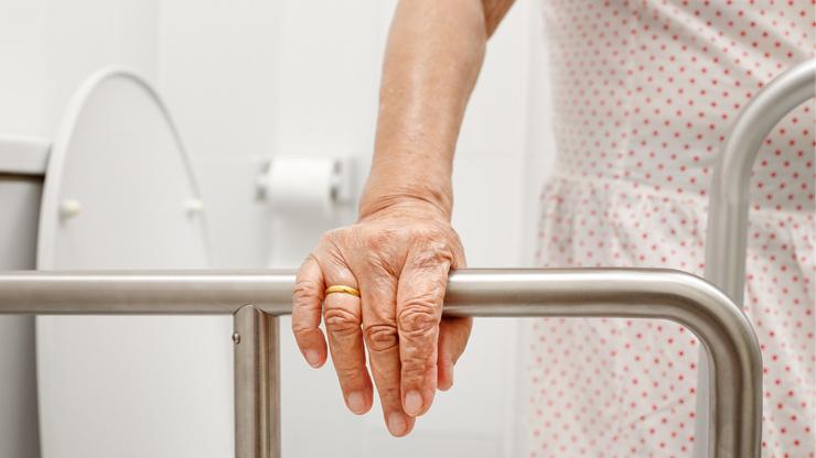 adaptação na casa para idosos