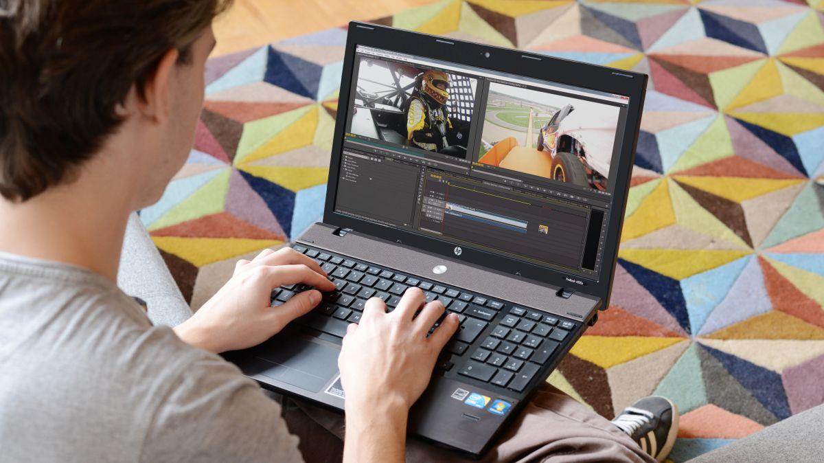 pessoa com laptop